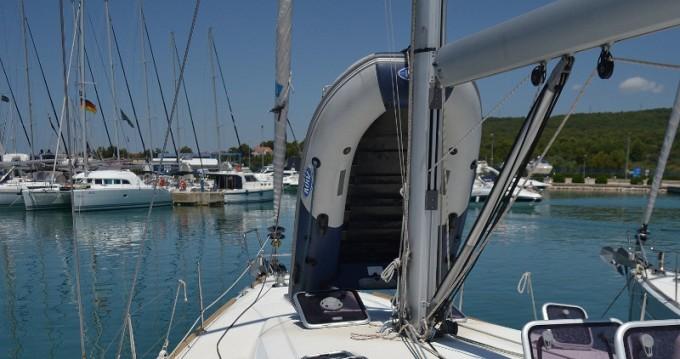 Boat rental Bénéteau Oceanis 50 Familiy in Sukošan on Samboat