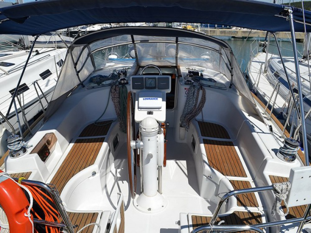 Rental yacht Sukošan - Bénéteau Oceanis Clipper 423 on SamBoat