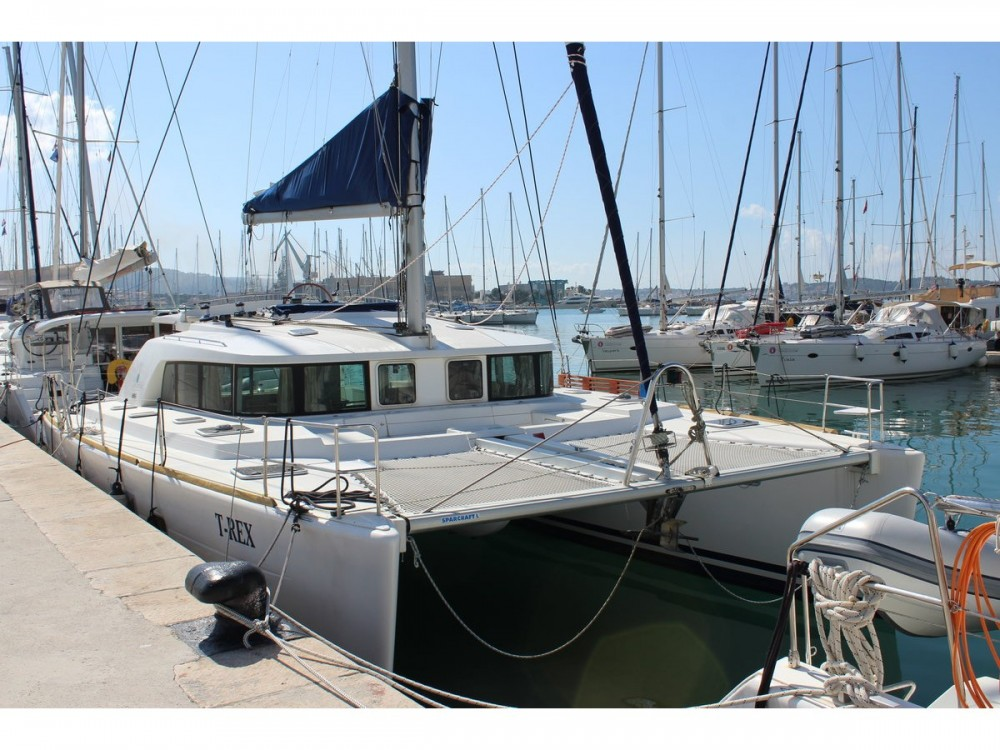 Rental Catamaran in Sukošan - Lagoon Lagoon 440