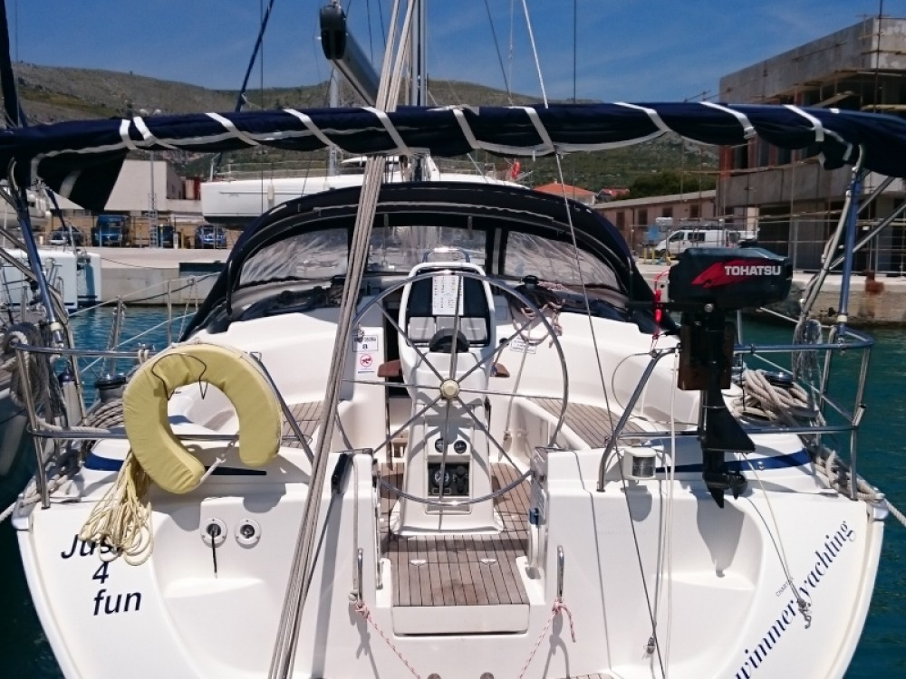 Rent a Bavaria Bavaria 39 Cruiser Primošten