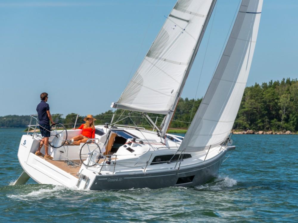 Rental Sailboat in Sukošan - Bénéteau Oceanis 30.1