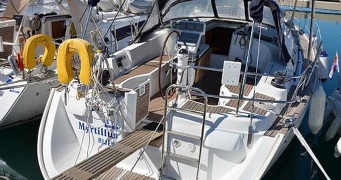 Rental yacht Sukošan - Bénéteau Oceanis 423 M on SamBoat