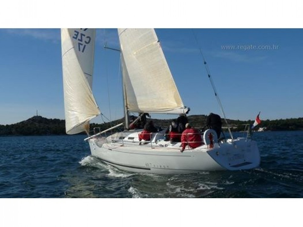 Hire Sailboat with or without skipper Bénéteau Primošten