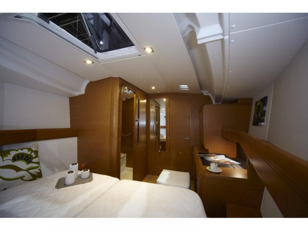 Boat rental Follonica cheap Sun Odyssey 449