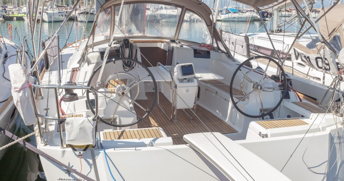 Jeanneau Sun Odyssey 449 between personal and professional Follonica