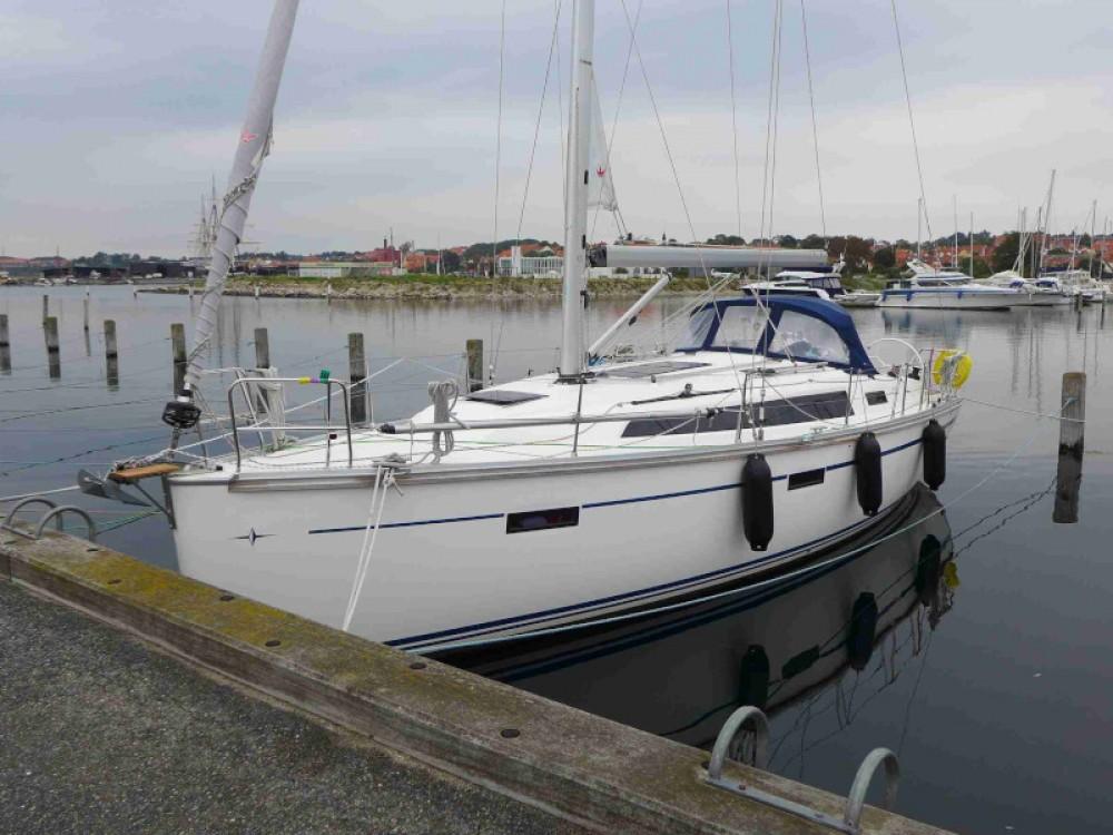 Rental yacht Kenz-Küstrow - Bavaria Bavaria Cruiser 37 on SamBoat