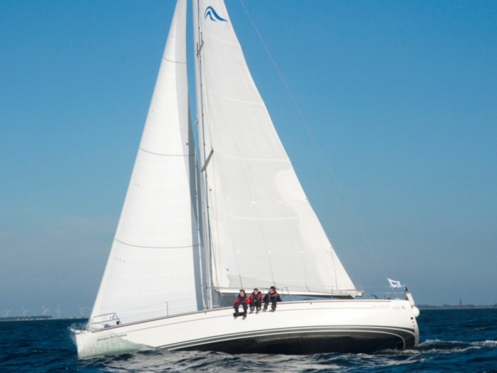 Rental Sailboat in Altefähr - Hanse Hanse 430e