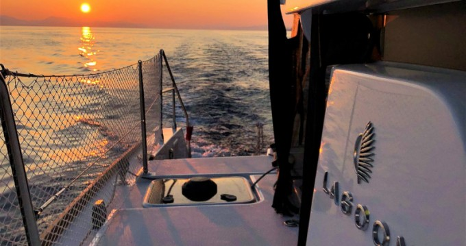 Rental Catamaran in Sukošan - Lagoon Lagoon 450 Sport Top