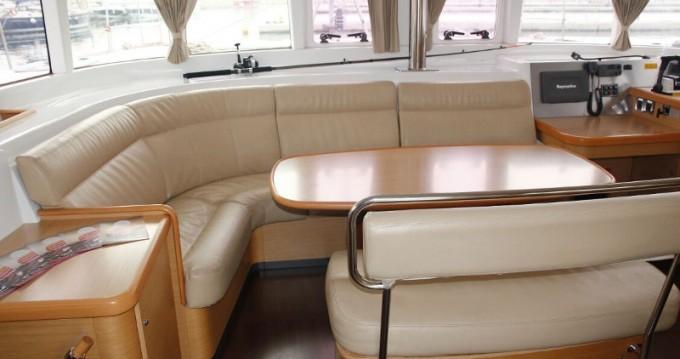 Rental yacht Salerno - Lagoon Lagoon 440 on SamBoat