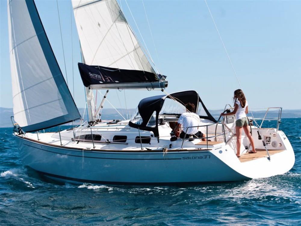 Boat rental Lávrio cheap Salona 37