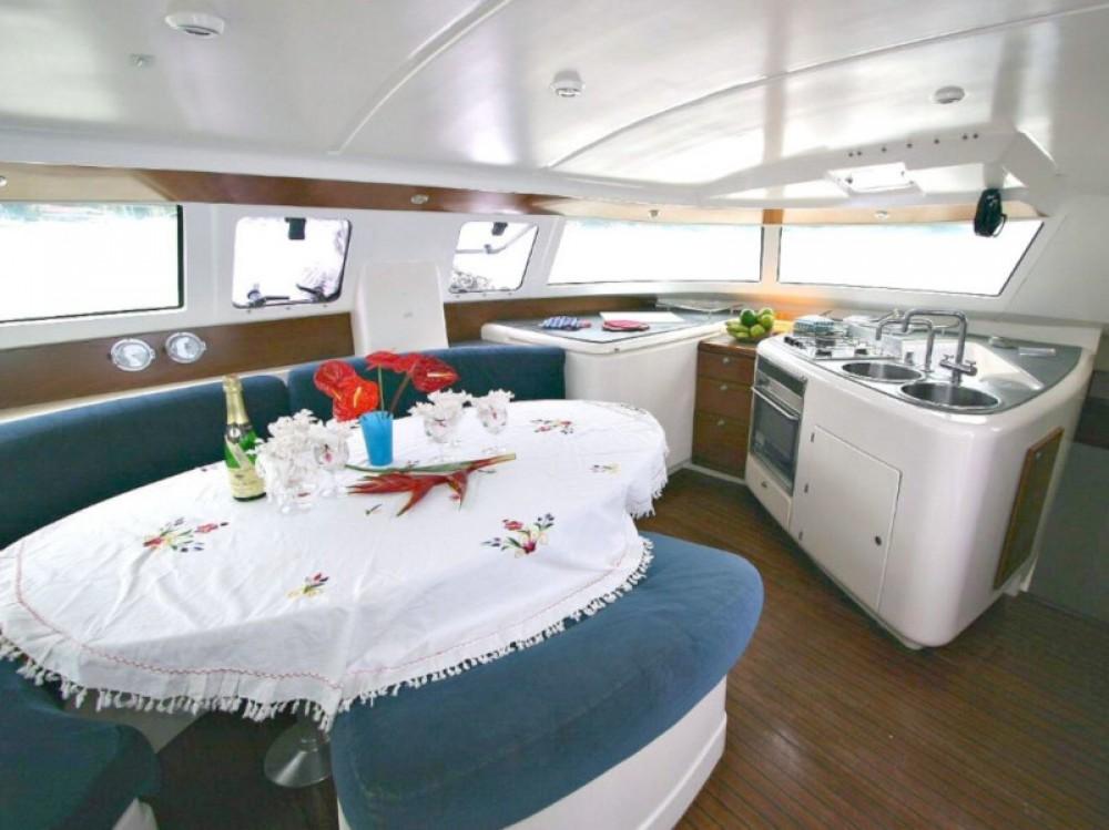 Rental Catamaran in Calliaqua -  Venezia 42