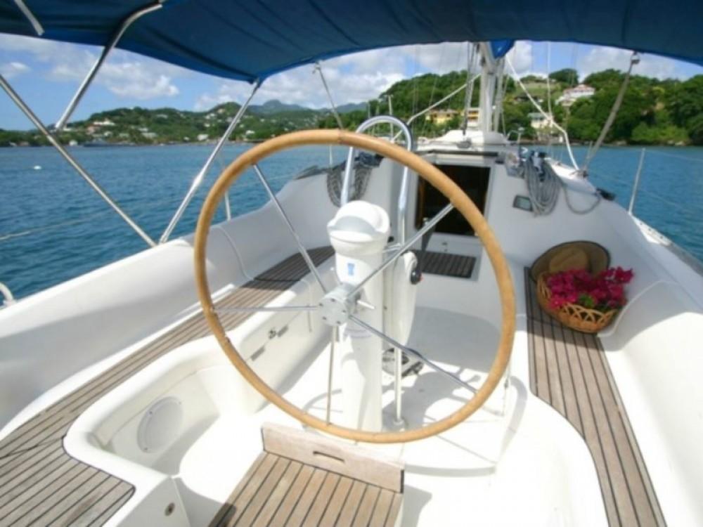 Boat rental Jeanneau Sun Odyssey 34 in Calliaqua on Samboat