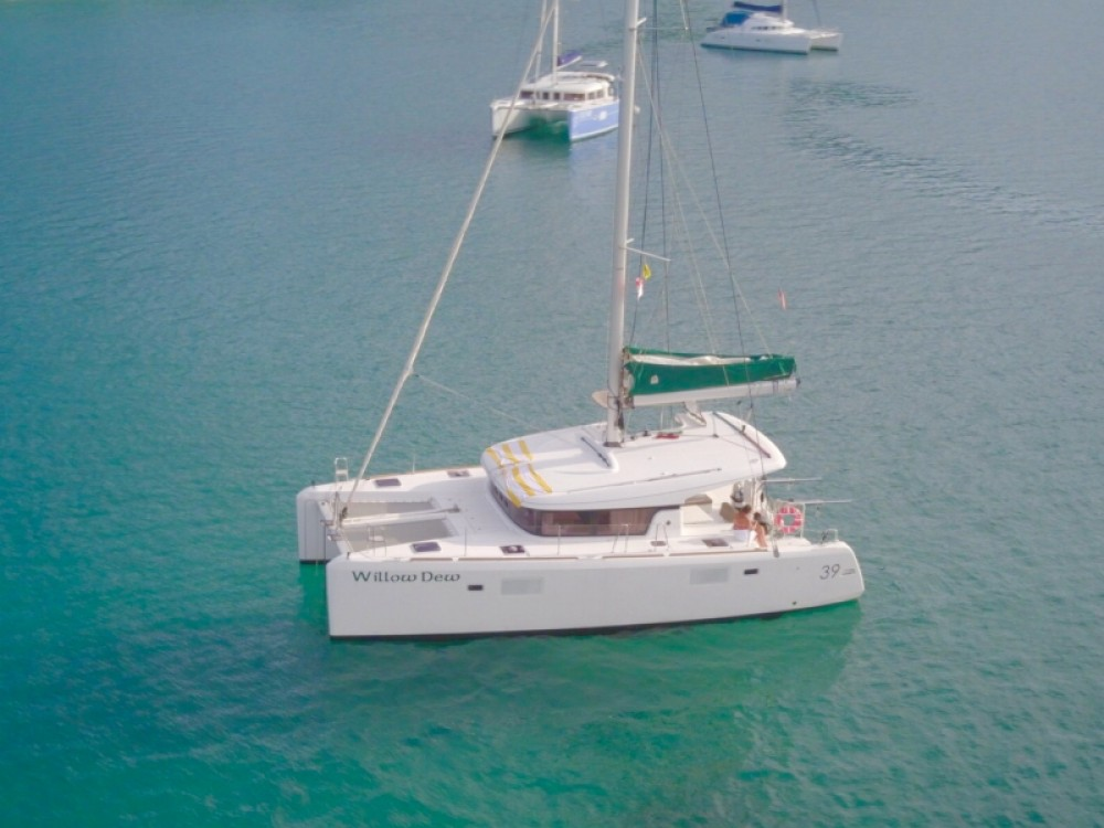 Catamaran for rent Calliaqua at the best price