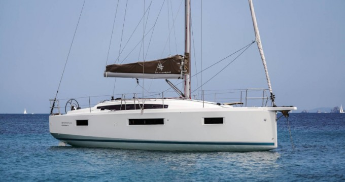 Boat rental Jeanneau Sun Odyssey 410 in Lefkada on Samboat