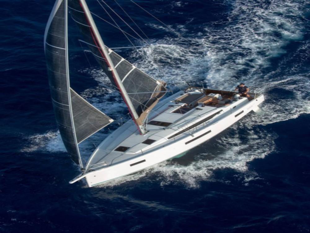 Rental Sailboat in Marina Gouvia - Jeanneau Sun Odyssey 410