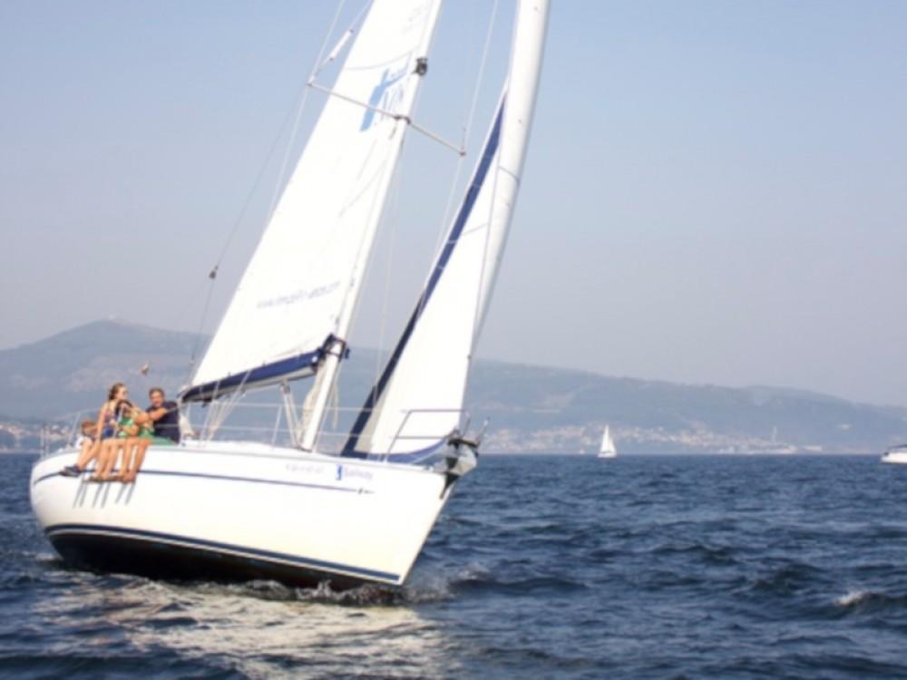 Boat rental Bavaria Bavaria 38 in  on Samboat