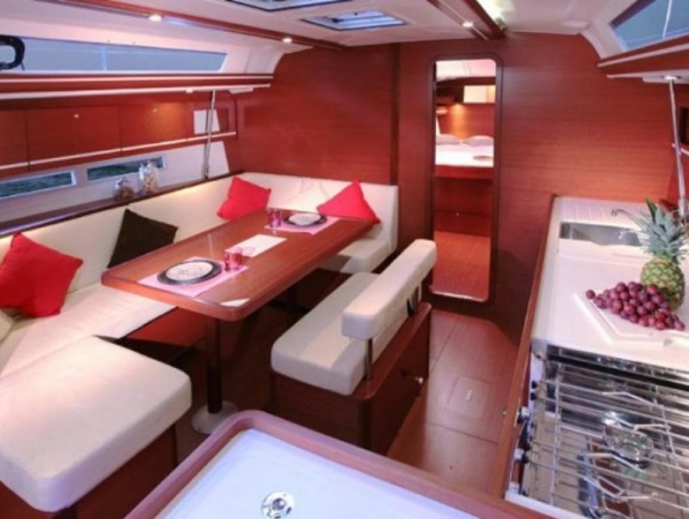 Rental yacht  - Dufour Dufour 450 GL on SamBoat
