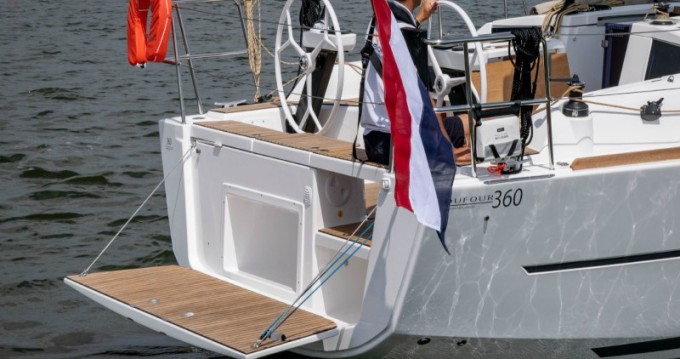 Dufour Dufour 360 Grand Large between personal and professional Capo d'Orlando