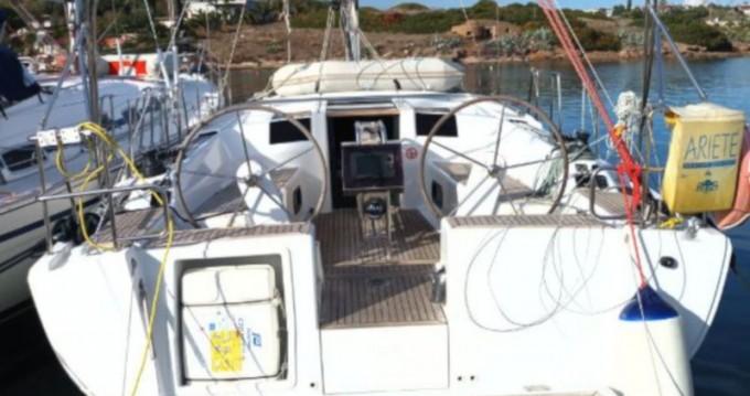 Boat rental Lávrio cheap Hanse 385