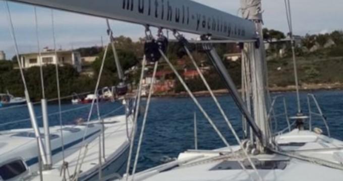 Rental Sailboat in Lávrio - Hanse Hanse 385