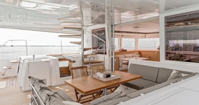 Rental yacht Lávrio - Lagoon Lagoon 560 on SamBoat