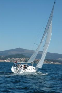 Elan Elan 31 Performance between personal and professional Vigo