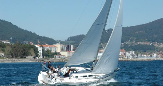 Rental yacht Vigo - Elan Elan 31 Performance on SamBoat