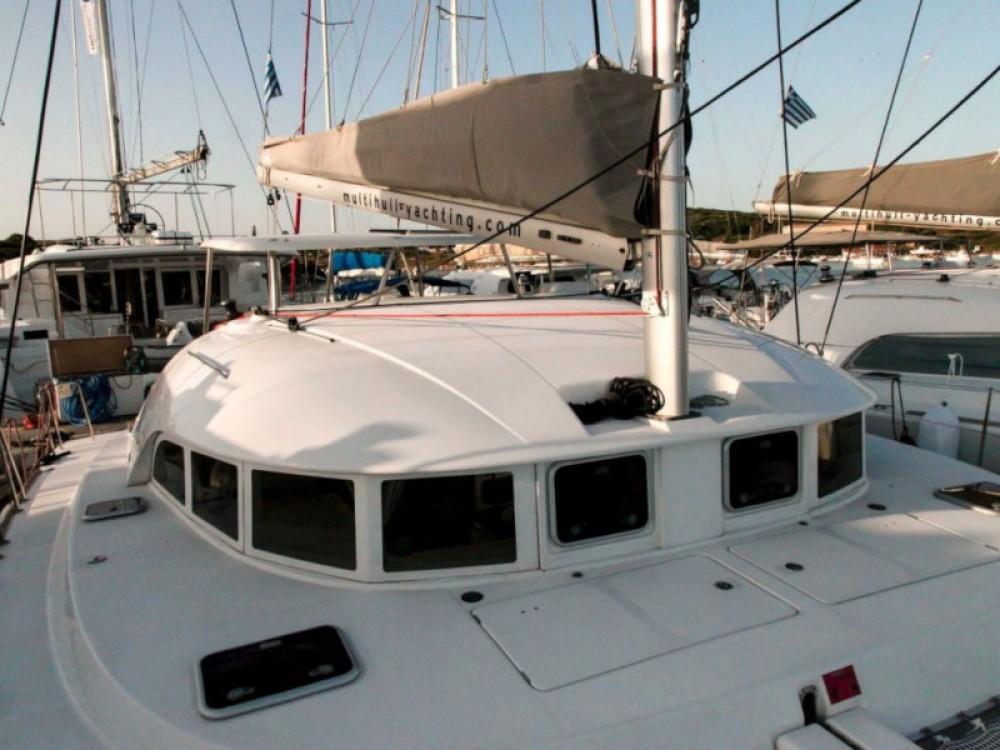 Rental yacht Laurium - Lagoon Lagoon 380 S2 on SamBoat