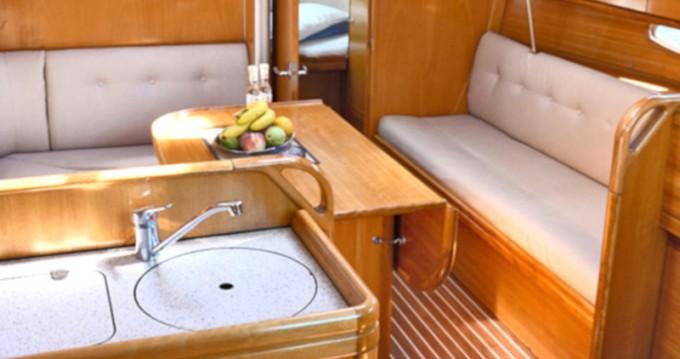 Boat rental Λαύριο cheap Bavaria 33 Cruiser