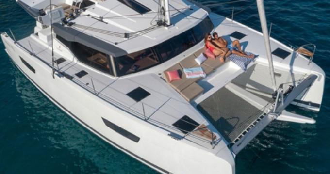 Rental yacht Lávrio - Fountaine Pajot Astrea 42 on SamBoat
