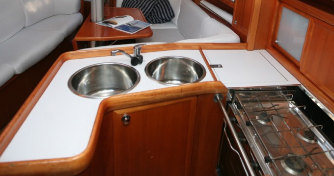 Boat rental Vigo cheap Elan Performance 37