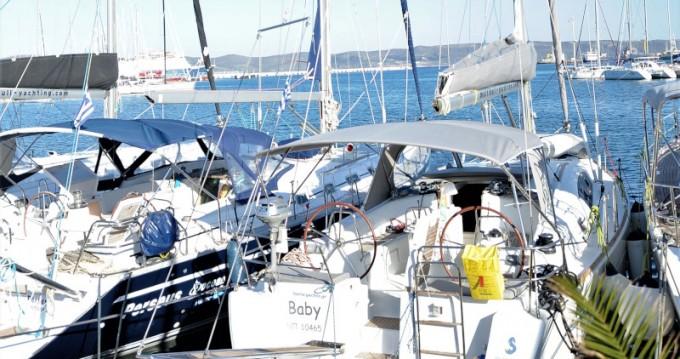 Boat rental Lávrio cheap Oceanis 40