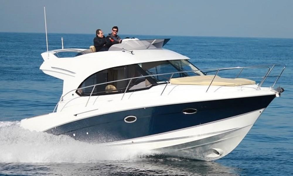 Hire Motorboat with or without skipper Bénéteau Alzachèna/Arzachena