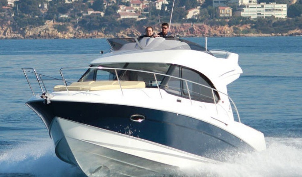 Motorboat for rent Alzachèna/Arzachena at the best price