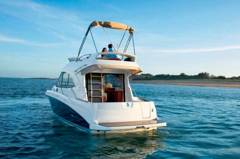 Rental yacht Alzachèna/Arzachena - Bénéteau Antares 32 Fly on SamBoat