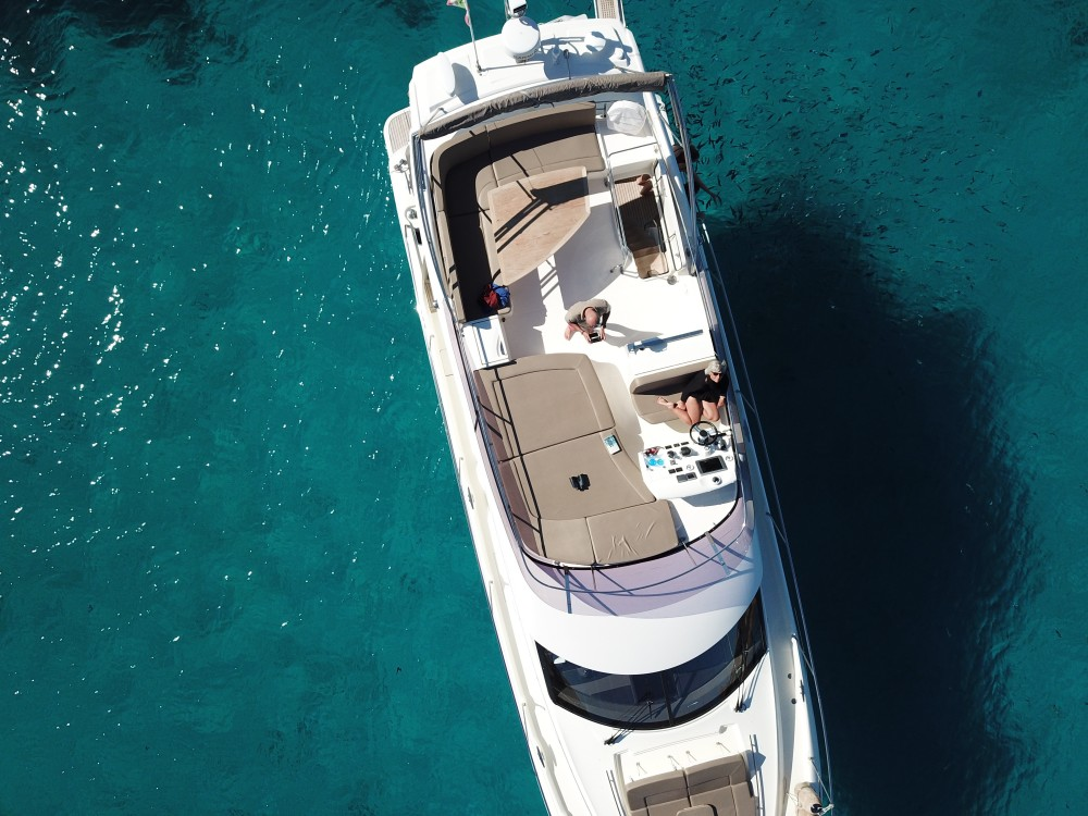 Boat rental Cannigione cheap Prestige 500 Fly