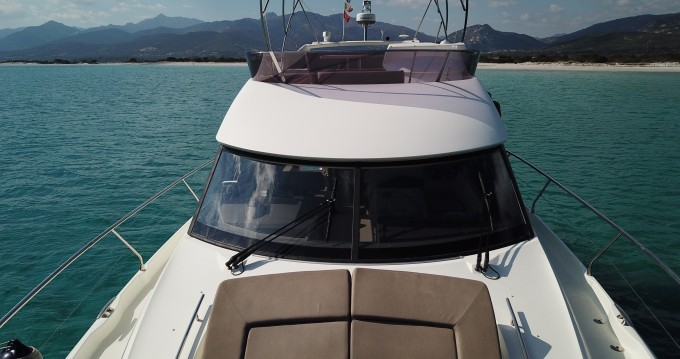Jeanneau Prestige 500 Fly between personal and professional Cannigione