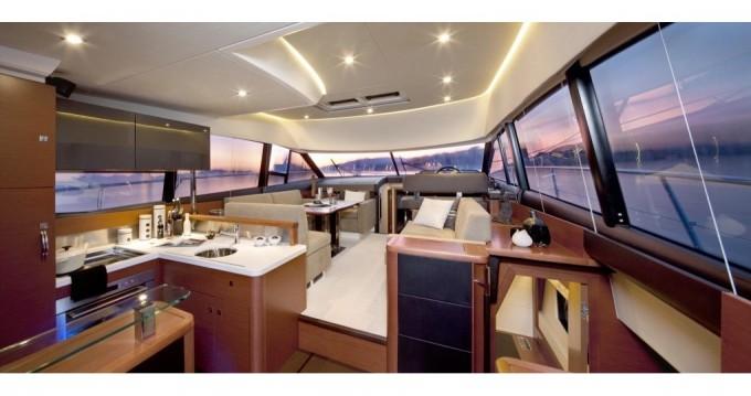 Boat rental Jeanneau Prestige 500 Fly in Cannigione on Samboat