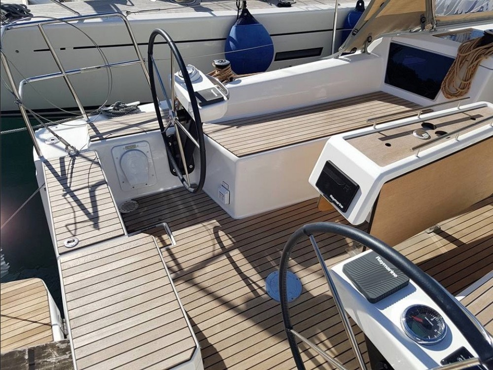 Rental Sailboat in  - Dufour Dufour 360 Grand Large