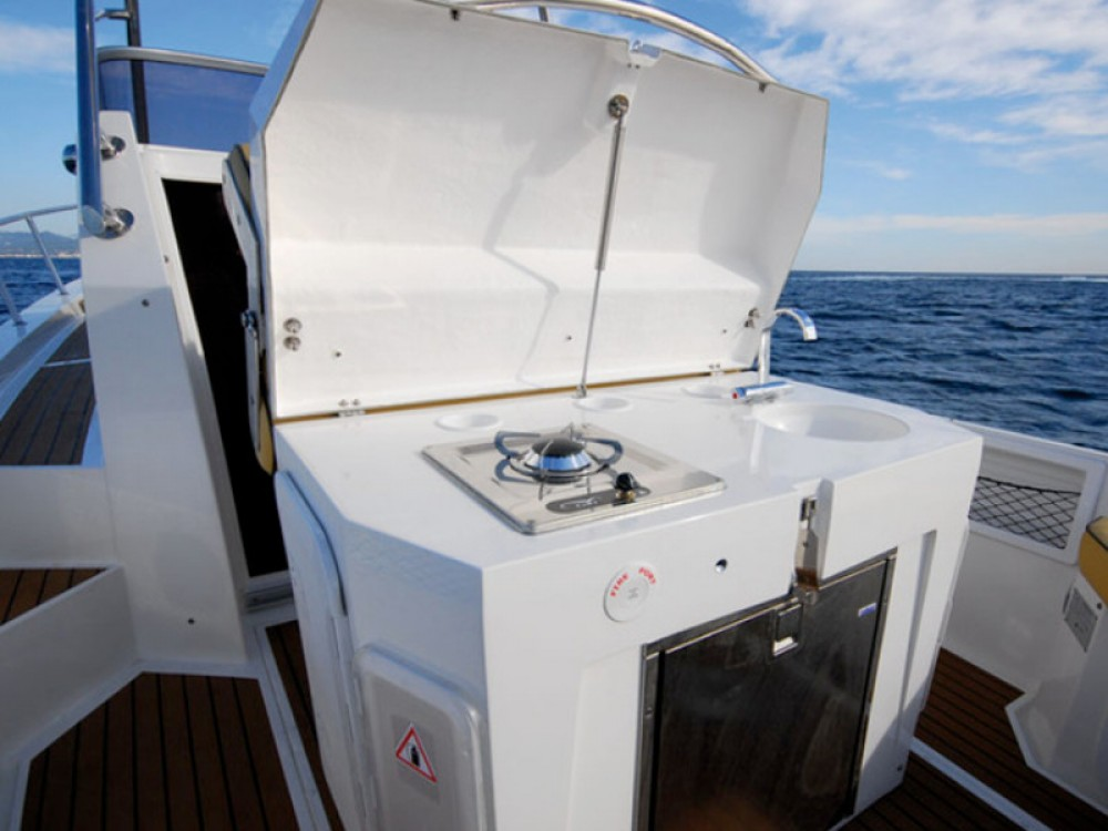 Rental yacht Alzachèna/Arzachena -  Lomac 1100 on SamBoat