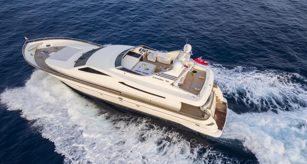 Rental Yacht Canados with a permit