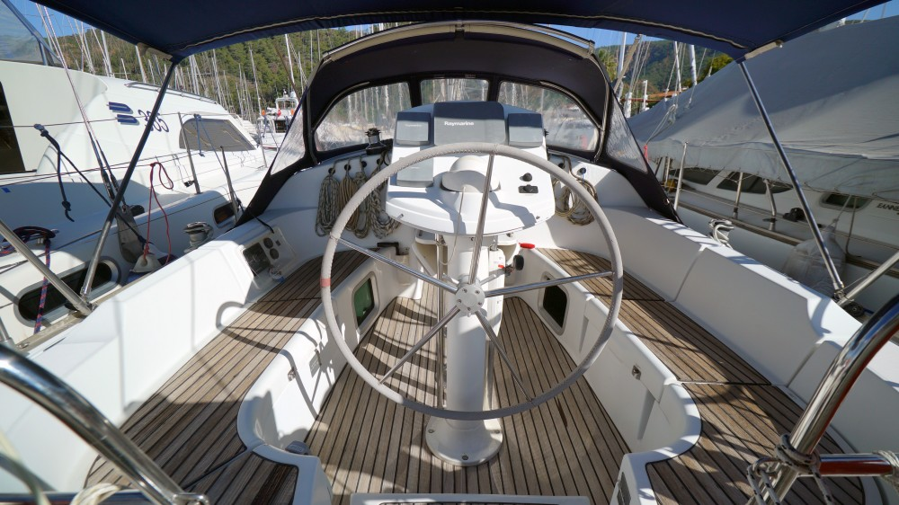 Jeanneau Sun Odyssey 35 between personal and professional Marmaris