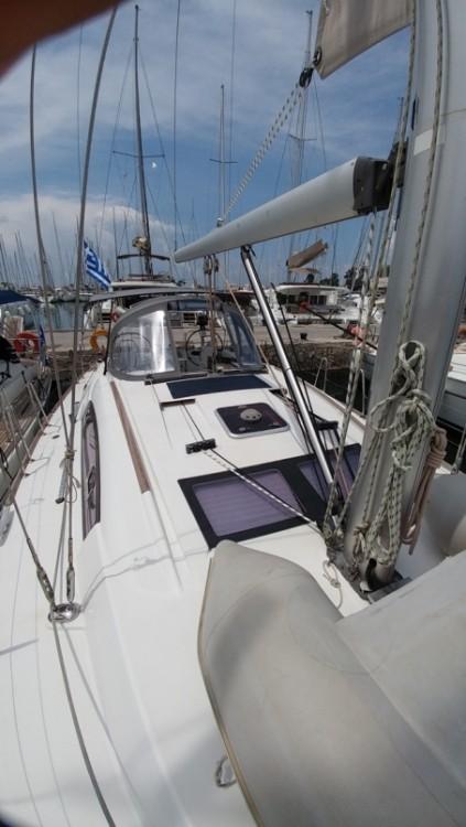 Boat rental Alimos Marina cheap Oceanis 43