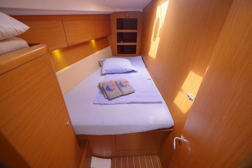 Jeanneau Sun Odyssey 44 i between personal and professional Marmaris