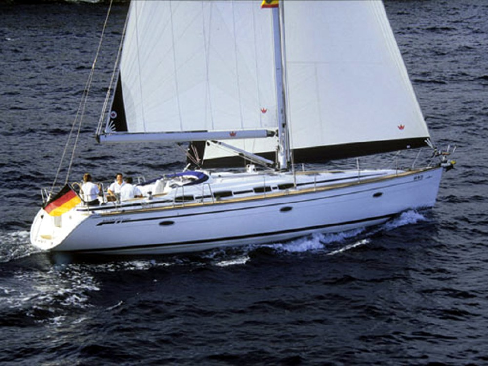 Sailboat for rent Rodas at the best price
