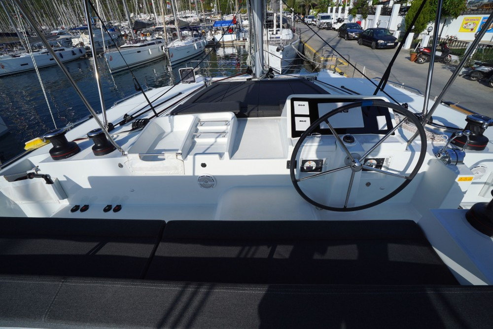 Rental Catamaran in Marmaris - Lagoon Lagoon 450F