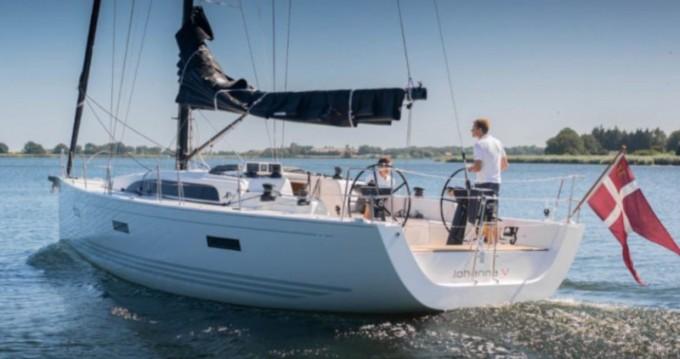 Rent a X-Yachts Xp 44 Lávrio