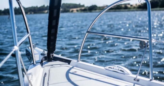 Boat rental X-Yachts Xp 44 in Lávrio on Samboat