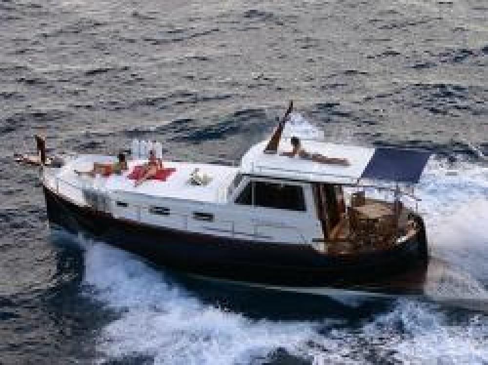 Astilleros Menorquin 160 between personal and professional Port de Pollença