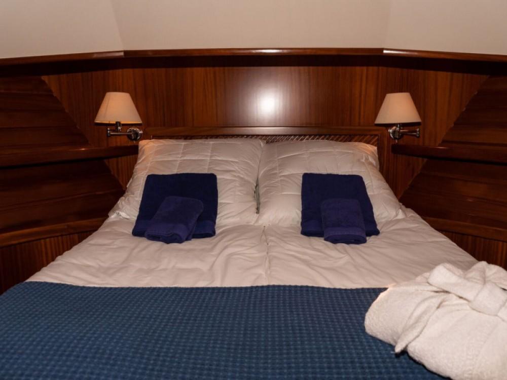 Motor boat for rent Port de Pollença at the best price